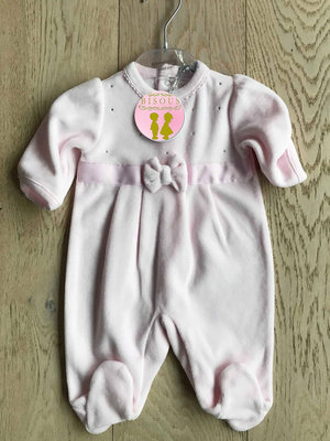 roze pyjama in velours met strass en strik